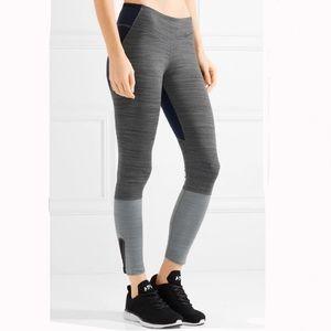 Nike   Legendary color block Dri fit legging
